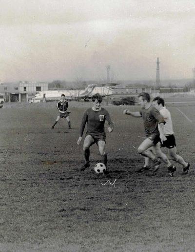Footbal-1l