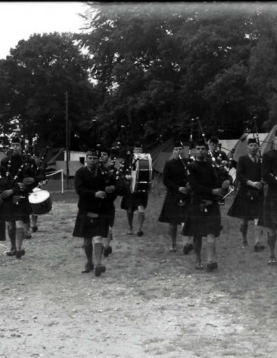 P 196 - Pipes and Drums 2-51 Highland